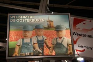 Werbeplakate auf der Bouwbeurs